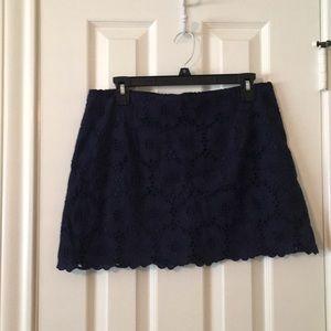 Lilly Pulitzer Tate Navy Mini Skirt.